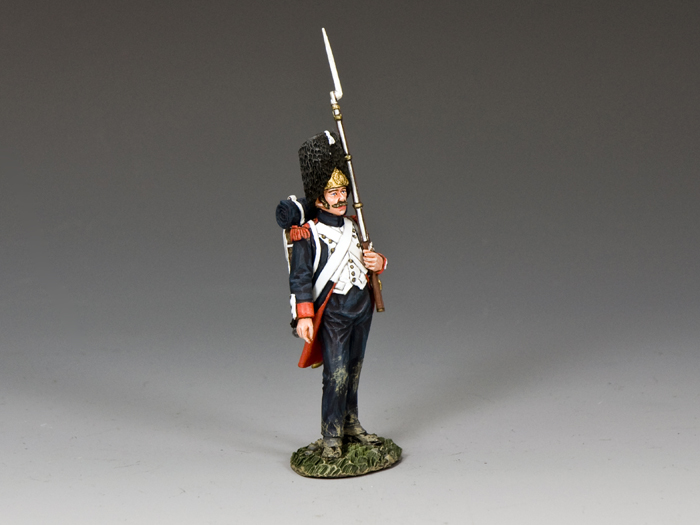 'Old Guard' Shoulder Arms (w/musket on the left arm)