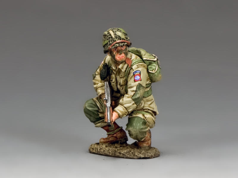 US Paratrooper Crouching Tommy Gunner (82nd)