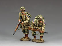 US Paratroopers Moving Forward ... Cautiously! (82nd)