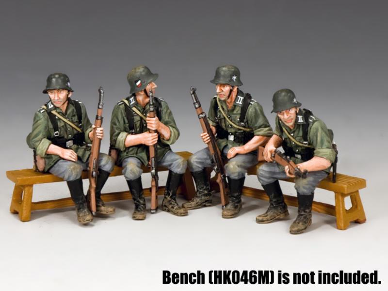 WW2 Wehrmacht Sitting Soldiers