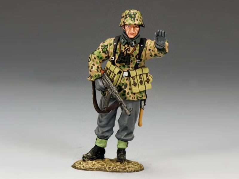 HALT! SS trooper with MP44